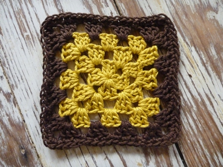 Dual Color Granny Square